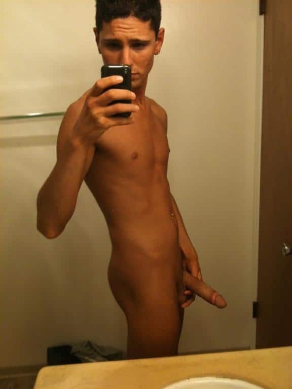 Nude Cam Boy Showing Off His Hard Cock