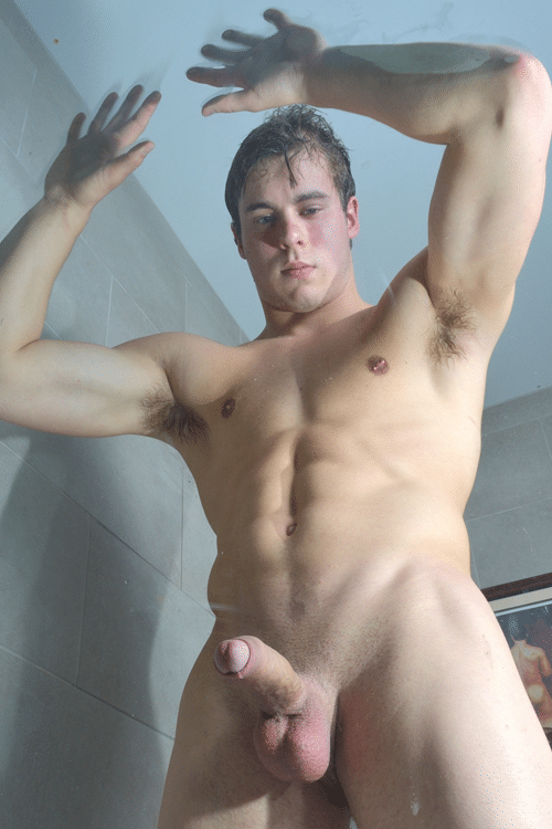 Muscle Guy Showing Off His Body - Nude Teen Boys